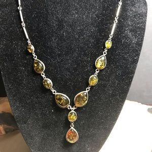 Jewelry - Beautiful amber and sterling necklace